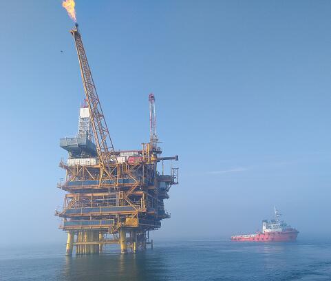 海上钻采平台开关柜除湿案例---中海油石油开采平台